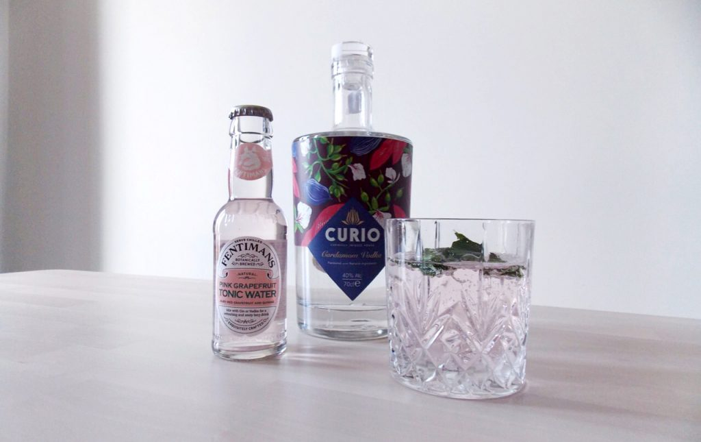 Curio summer gin cocktails